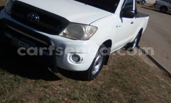 Buy Toyota Hilux White Car in Manzini in Swaziland