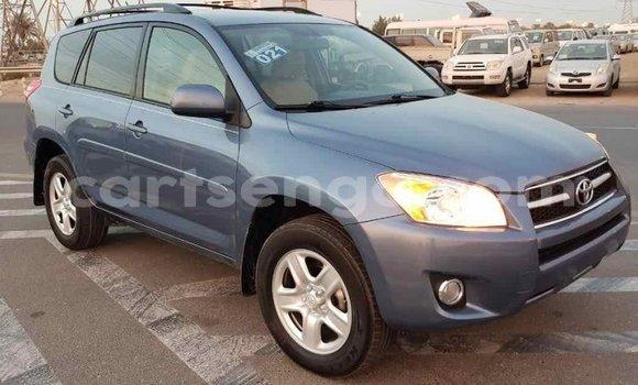 Buy Import Toyota 4Runner Blue Car in Import - Dubai in Hhohho