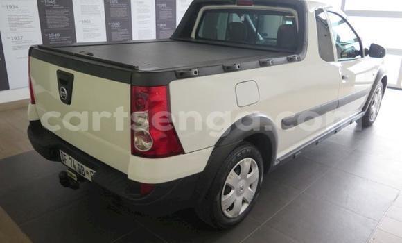Buy Used Nissan NP 300 White Car in Manzini in Manzini