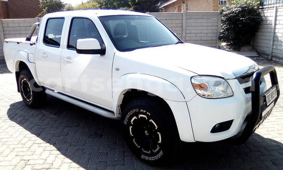 Acheter Occasion Voiture Mazda BT-50 Blanc à Mbabane, Manzini