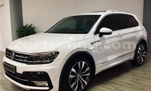 Buy Used Volkswagen Tiguan White Car in Ezulwini in Hhohho