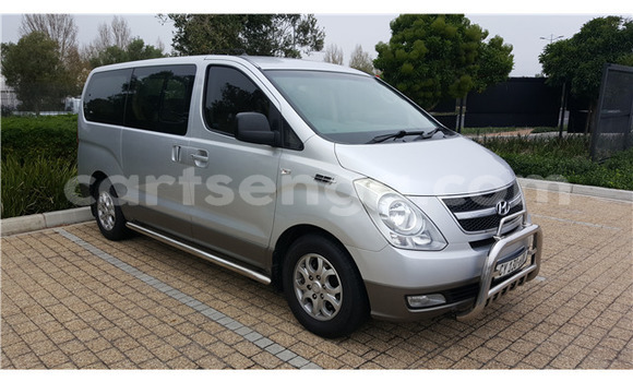 Buy Used Hyundai H1 Silver Car in Ezulwini in Hhohho