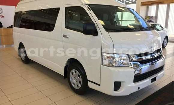 Buy Used Toyota Succeed White Car in Manzini in Manzini