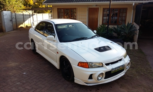 Buy Used Mitsubishi Lancer White Car in Mbabane in Swaziland