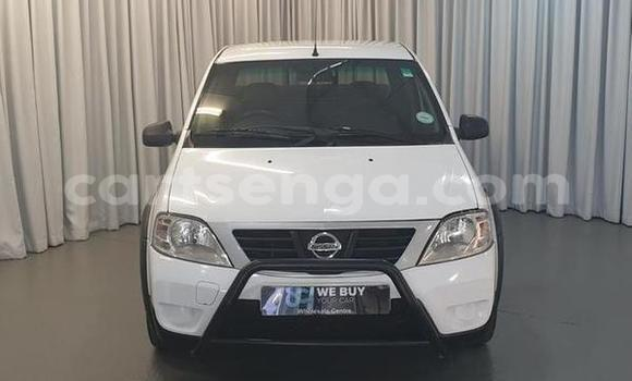 Buy Used Nissan NV200 White Car in Bhunya in Manzini