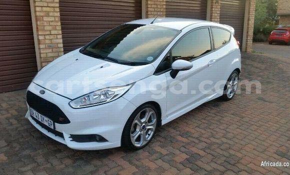Buy Used Ford Fiesta ST White Car in Malkerns in Manzini