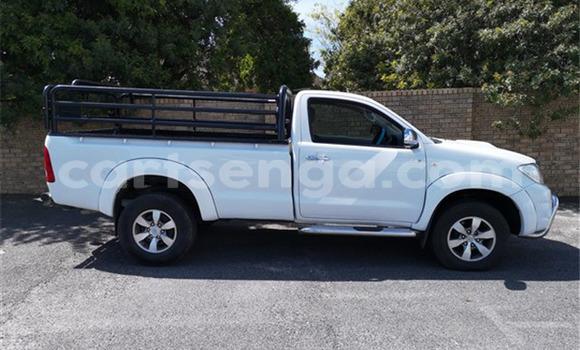 Acheter Occasion Voiture Toyota Hilux Blanc à Mondi, Hhohho