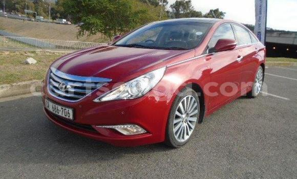 Buy Used Hyundai Sonata Red Car in Mbabane in Manzini