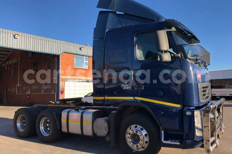 Big with watermark volvo truck tractor double axle 2013 volvo 440hpwith retarder 2013 id 62943584 type main