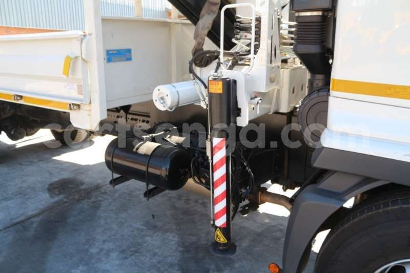 Big with watermark hino truck crane truck 500 1627 dropside with bonfiglioni 2018 id 63061713 type main 1