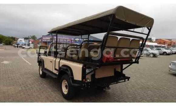 Buy Used Land Rover Defender Other Car in Ezulwini in Hhohho