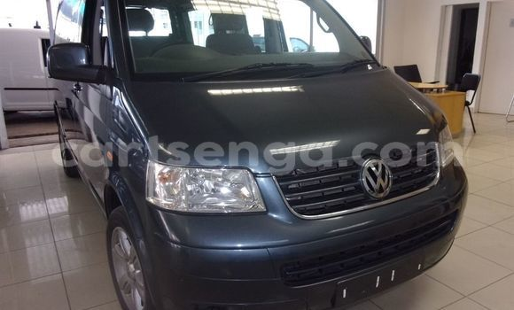 Buy Used Volkswagen Caravelle Other Car in Mbabane in Manzini