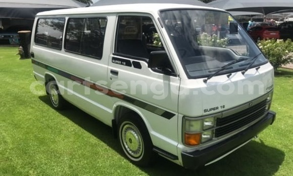 Buy Used Toyota Hiace White Car in Bhunya in Manzini