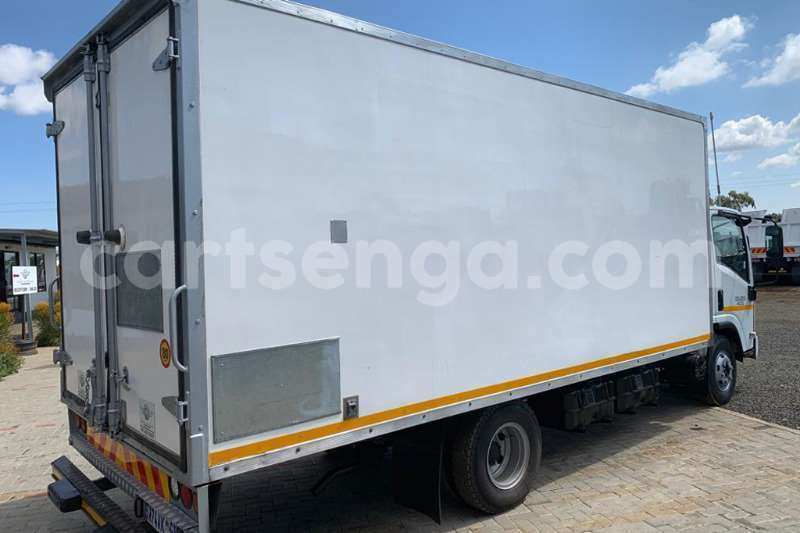Big with watermark isuzu truck closed body npr400 amt 2012 id 62638472 type main