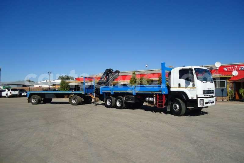 Big with watermark isuzu truck crane truck isuzu fx 26 360 with crane and 10t drawbar trailer 2017 id 63091655 type main 1