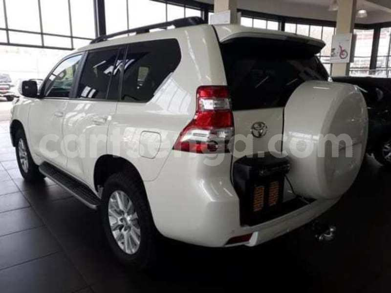Big with watermark 2015 toyota prado vx 4.0 v6 auto for sale in gauteng 4
