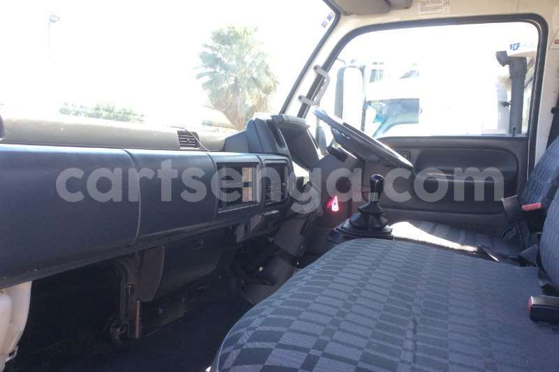 Big with watermark nissan truck dropside ud40 dropside with tail lift 2012 id 60613709 type main