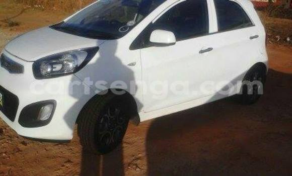 Buy Used Kia Picanto White Car in Manzini in Swaziland