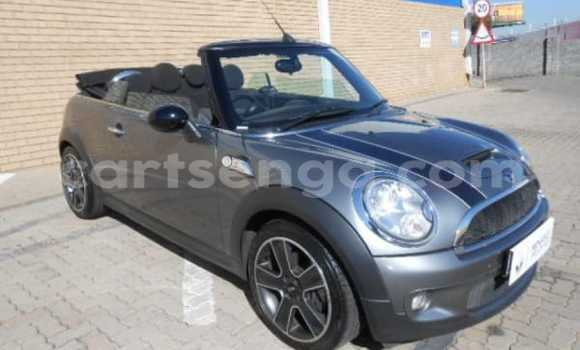 Buy Used Mini Cooper Black Car in Mhlume in Swaziland
