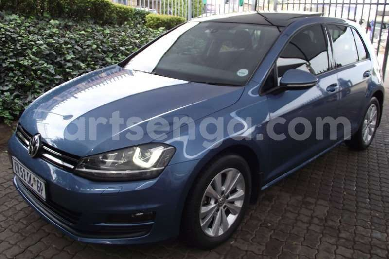 Big with watermark vw golf hatch golf vii 1 4 tsi comfortline dsg 2013 id 63119748 type main