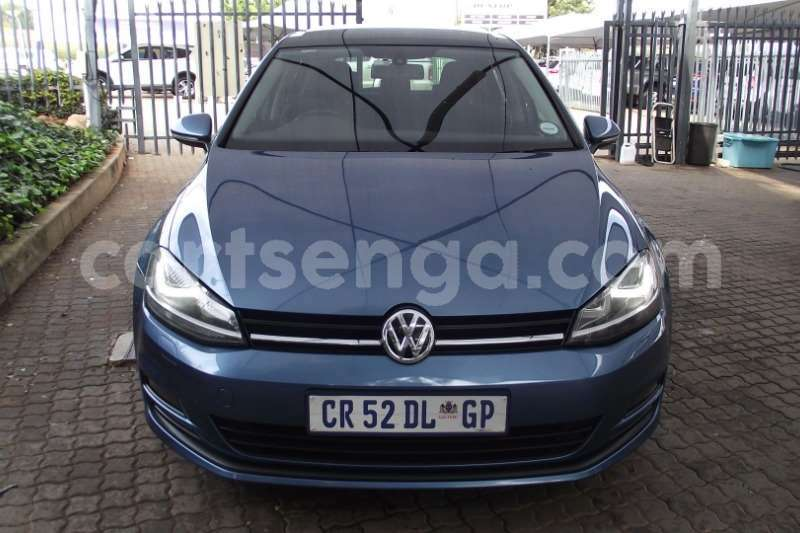 Big with watermark vw golf hatch golf vii 1 4 tsi comfortline dsg 2013 id 63119749 type main