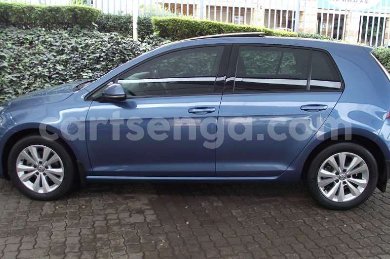 Big with watermark vw golf hatch golf vii 1 4 tsi comfortline dsg 2013 id 63119752 type main