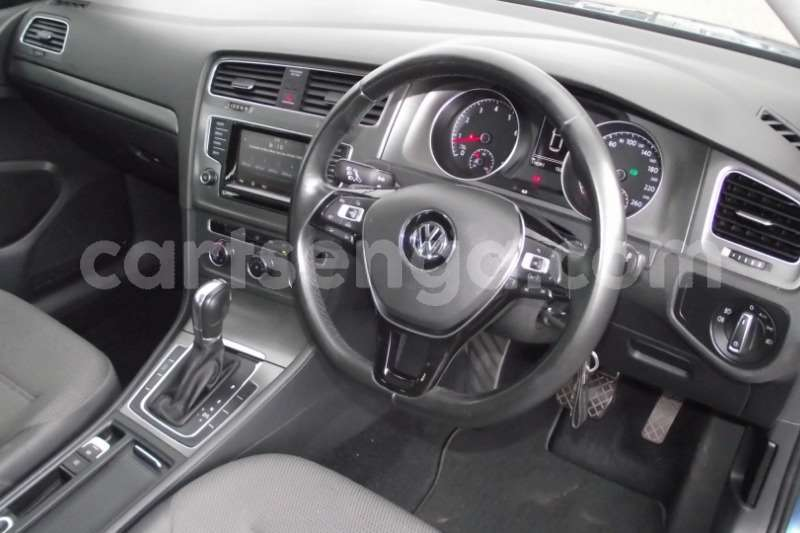 Big with watermark vw golf hatch golf vii 1 4 tsi comfortline dsg 2013 id 63119753 type main