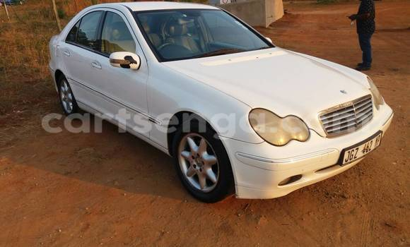Buy Used Mercedes‒Benz KOMPRESSOR White Car in Manzini in Swaziland