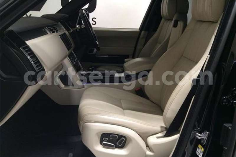 Big with watermark land rover range rover supercharged vogue se 2014 id 63226319 type main