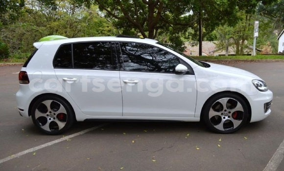 Buy Used Volkswagen Golf White Car in Mbabane in Swaziland
