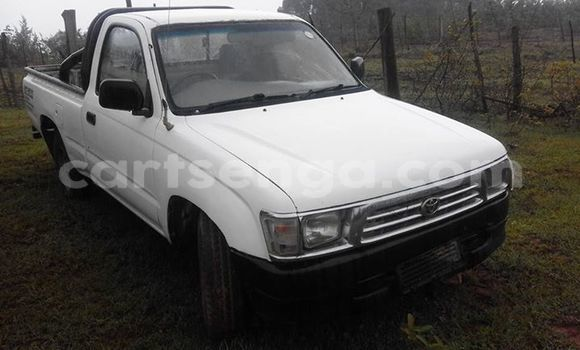 Buy Used Toyota Hilux White Car in Manzini in Swaziland