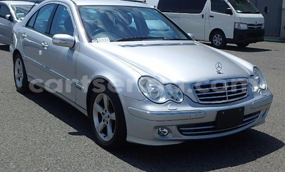 Buy Used Mercedes‒Benz KOMPRESSOR Silver Car in Manzini in Swaziland
