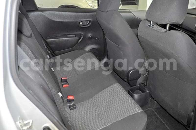 Big with watermark 2013 toyota yaris 1.3 cvt 7