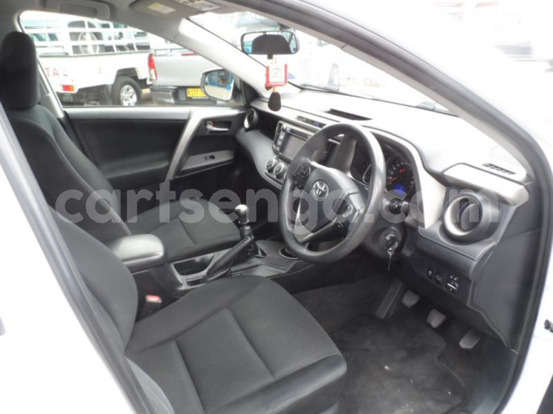 Big with watermark 2013 toyota rav 4 m