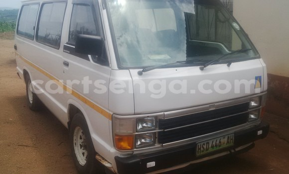 Buy Used Toyota bB White Car in Manzini in Swaziland