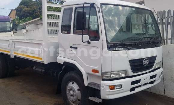 Medium with watermark nissan truck dropside ud 80 2016 id 63445023 type main