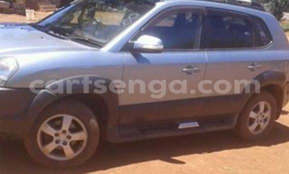 Buy Used Hyundai Tucson Silver Car in Nhlangano in Swaziland