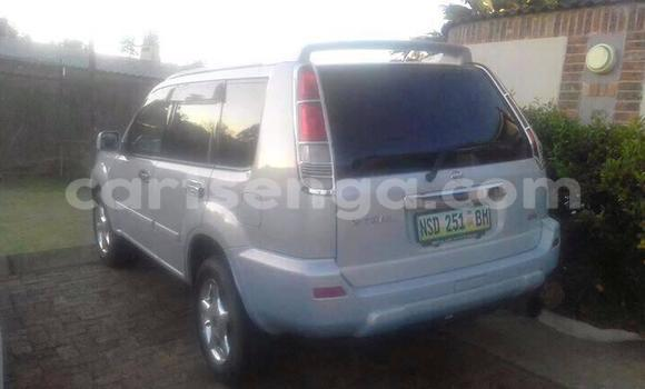Buy Used Nissan X-Trail White Car in Manzini in Swaziland