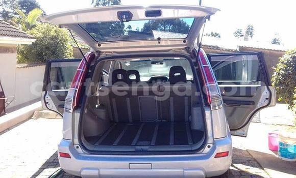 Buy Used Nissan X-Trail White Car in Mbabane in Swaziland