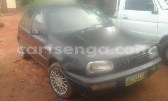 Buy Used Volkswagen Golf Black Car in Mbabane in Swaziland