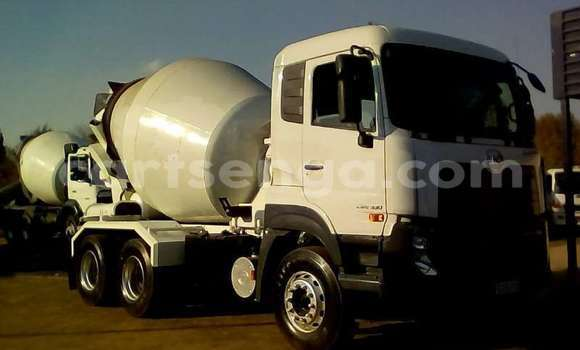 Medium with watermark nissan truck concrete mixer nissan quester cwe 330 6cube concrete mixer 2016 id 63063336 type main