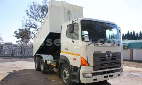 Medium with watermark hino truck tipper 700 tipper 2010 id 58702298 type main