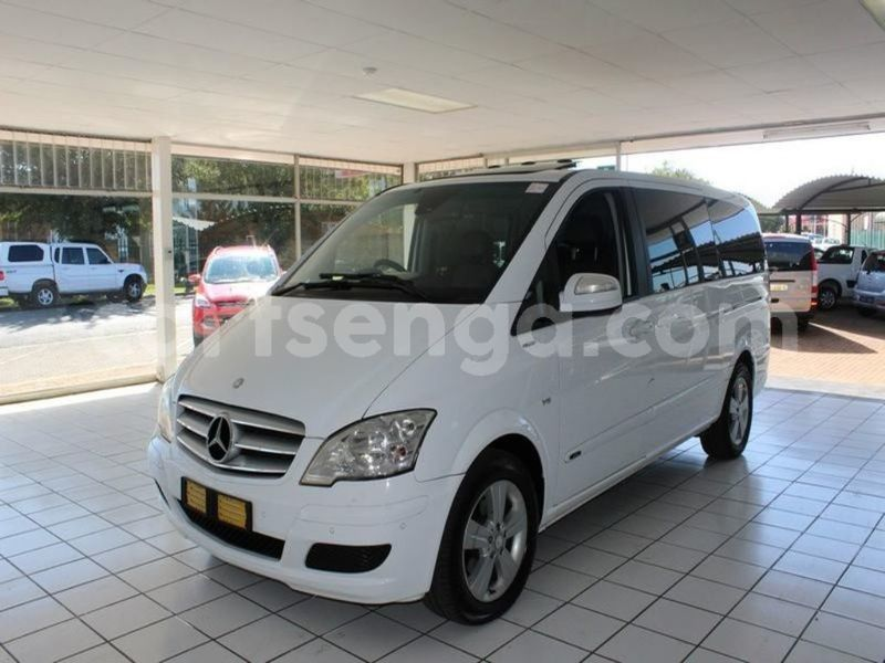 Big with watermark surf4cars used cars aslm251247 mercedes benz viano 30 cdi trend at 120190005