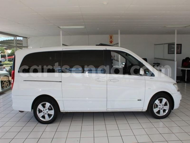 Big with watermark surf4cars used cars aslm251247 mercedes benz viano 30 cdi trend at 620190005