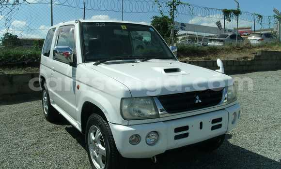 Buy Used Mitsubishi Pajero White Car in Manzini in Swaziland