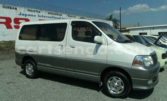 Buy Used Toyota Harrier White Car in Manzini in Swaziland