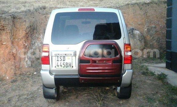 Buy Used Mitsubishi Carisma Black Car in Manzini in Swaziland