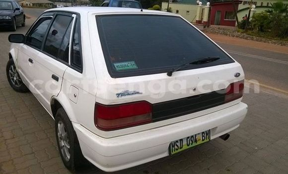 Buy Used Ford Club Wagon White Car in Manzini in Swaziland