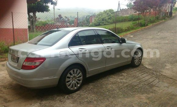 Buy Used Mercedes‒Benz 190 Silver Car in Manzini in Swaziland