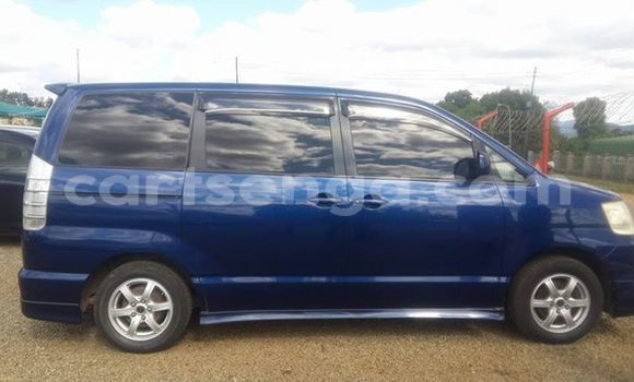 Buy Used Toyota Noah Blue Car in Nhlangano in Shiselweni District
